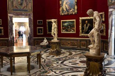 "Трибуна Буонталенти: ""комната чудес"" династии Медичи"